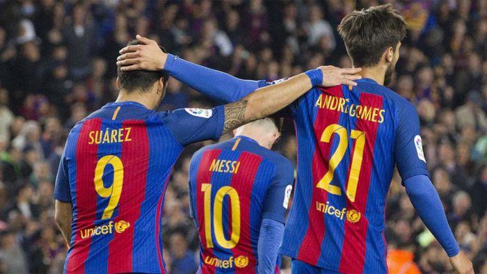W ustawieniu 3-4-3 Barcelona ma więcej okazji bramkowych