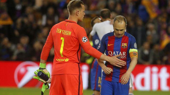 Powody, dla których Iniesta nie podpisał jeszcze nowego kontraktu
