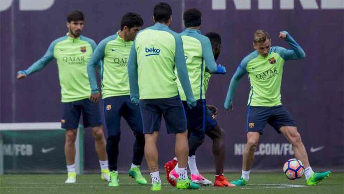Barça rozpoczęła przygotowania do El Clásico