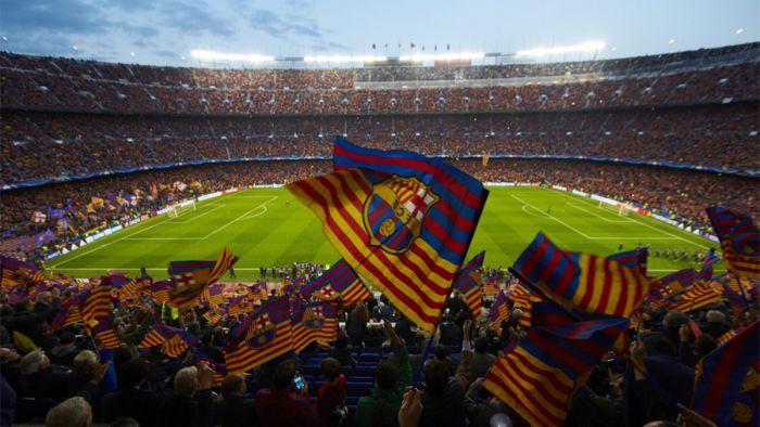 Barcelona Luisa Enrique gromadzi na Camp Nou najwięcej kibiców