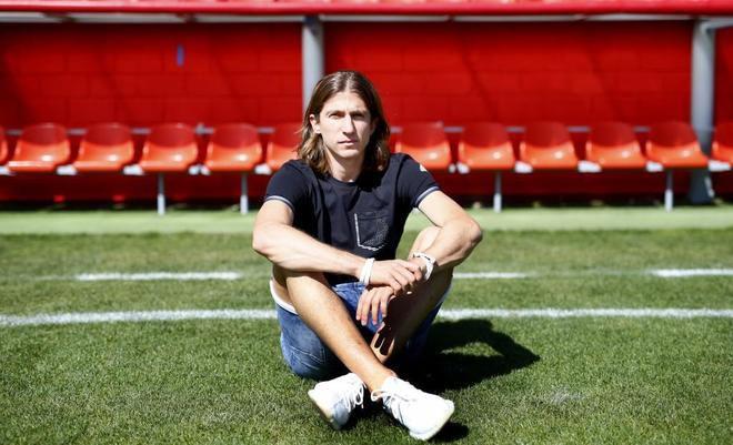 Filipe Luis: Zawsze przypada mi rola rzeźnika, ale nie da się zatrzymać Messiego bez faulu