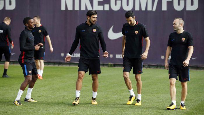 Andrés Iniesta trenuje już z grupą [WIDEO]