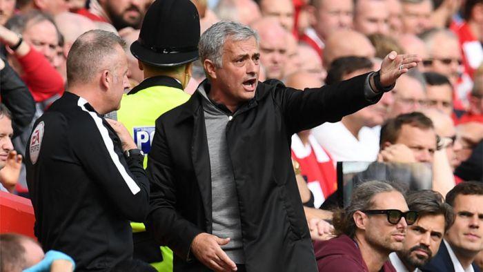 Mourinho: Dopiero jak będę stary wyjaśnię, dlaczego nie trenowałem Barcelony