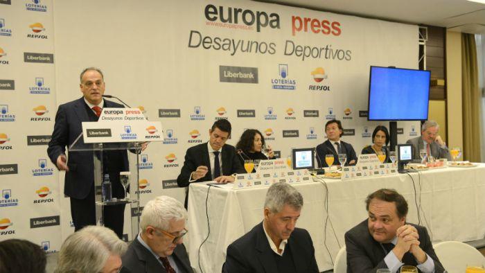 Tebas: Jeśli mnie nie oszukali, Messi przedłużył już kontrakt