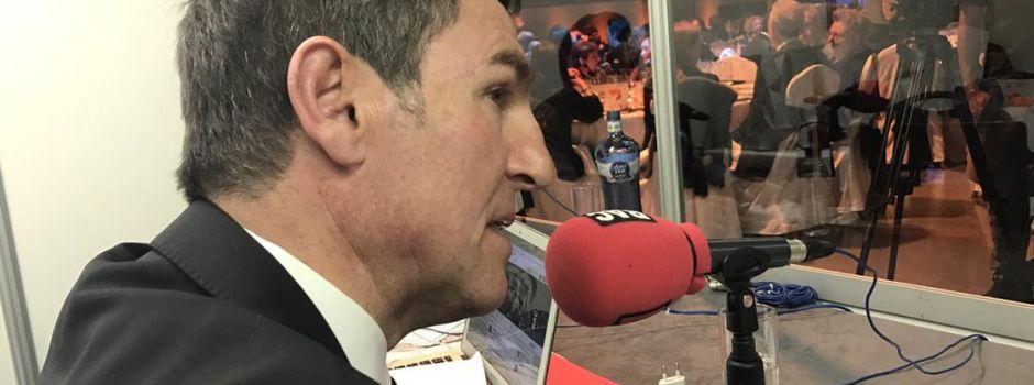 Robert Fernández: Aleix Vidal zostaje w klubie
